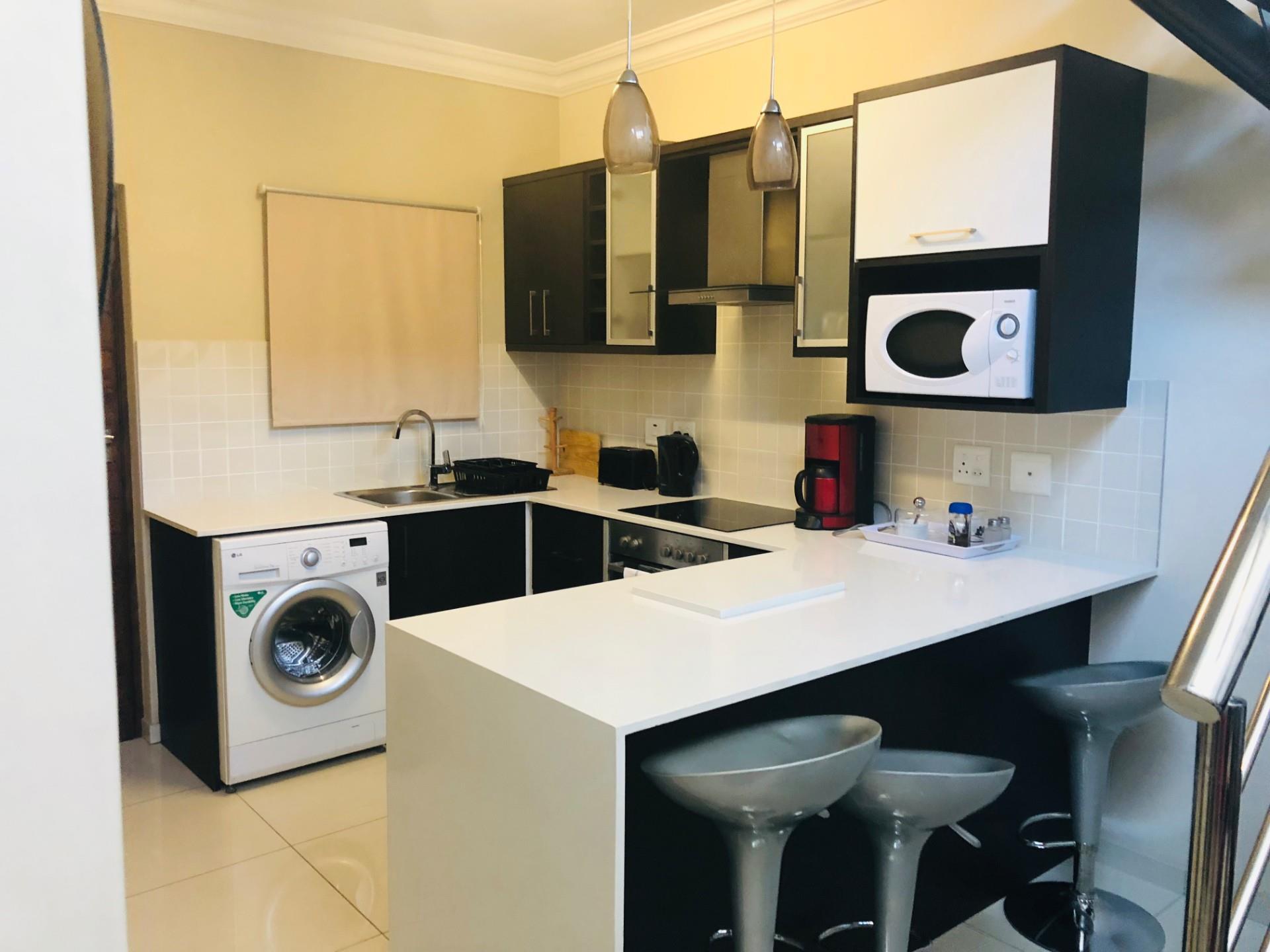 2 Bedroom Apartment To Rent in Bloubergrant