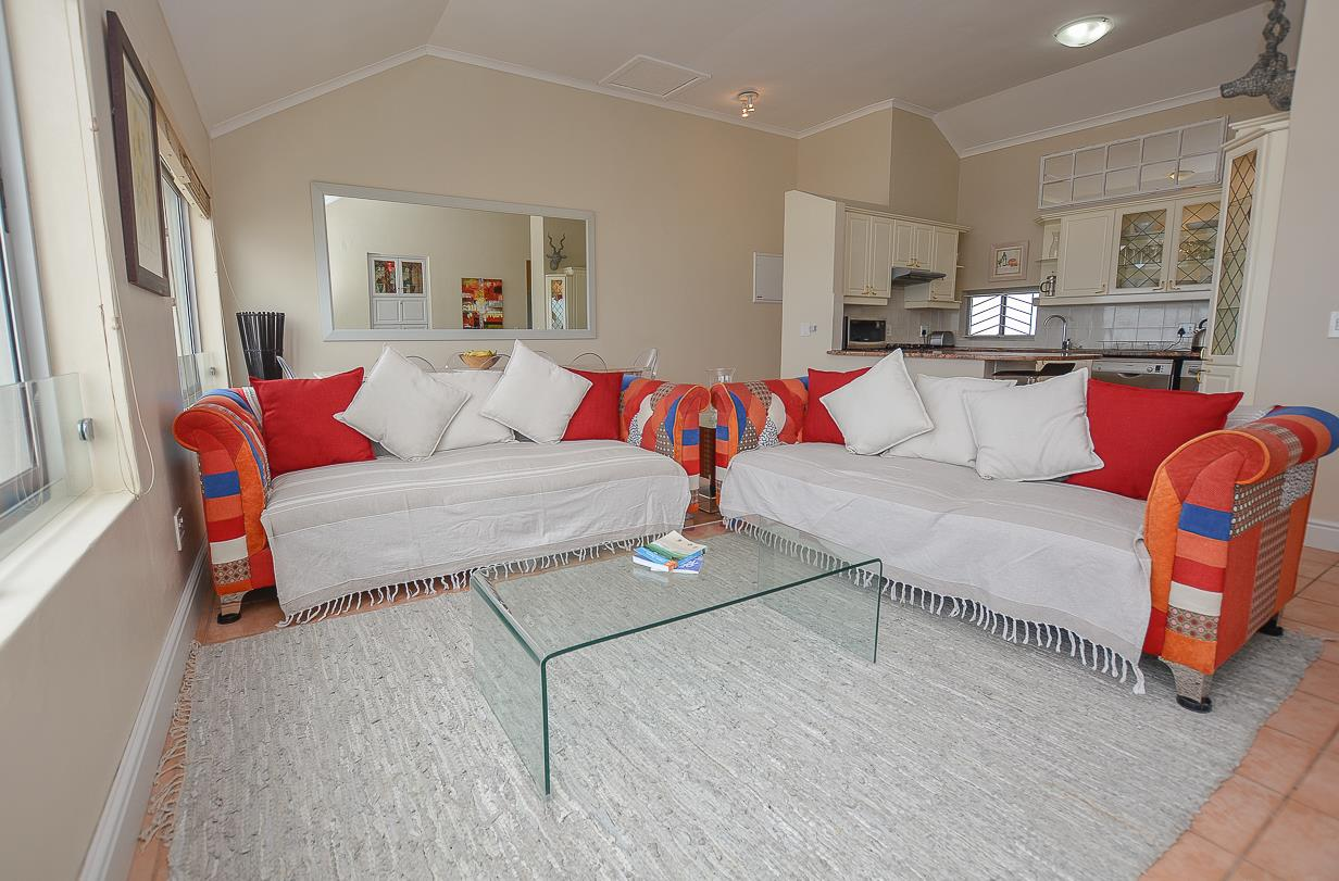 3 Bedroom Apartment To Rent in Table View