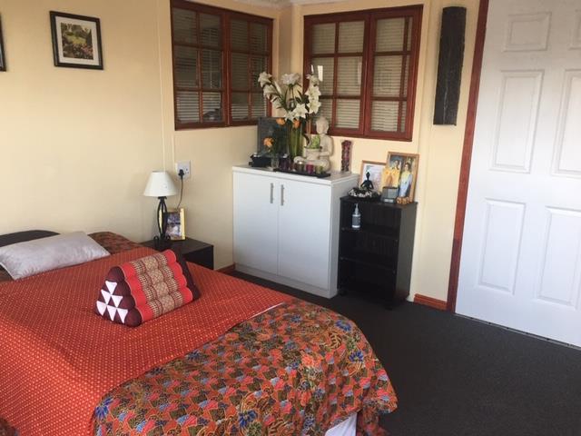 11 Bedroom House For Sale in Sanddrift
