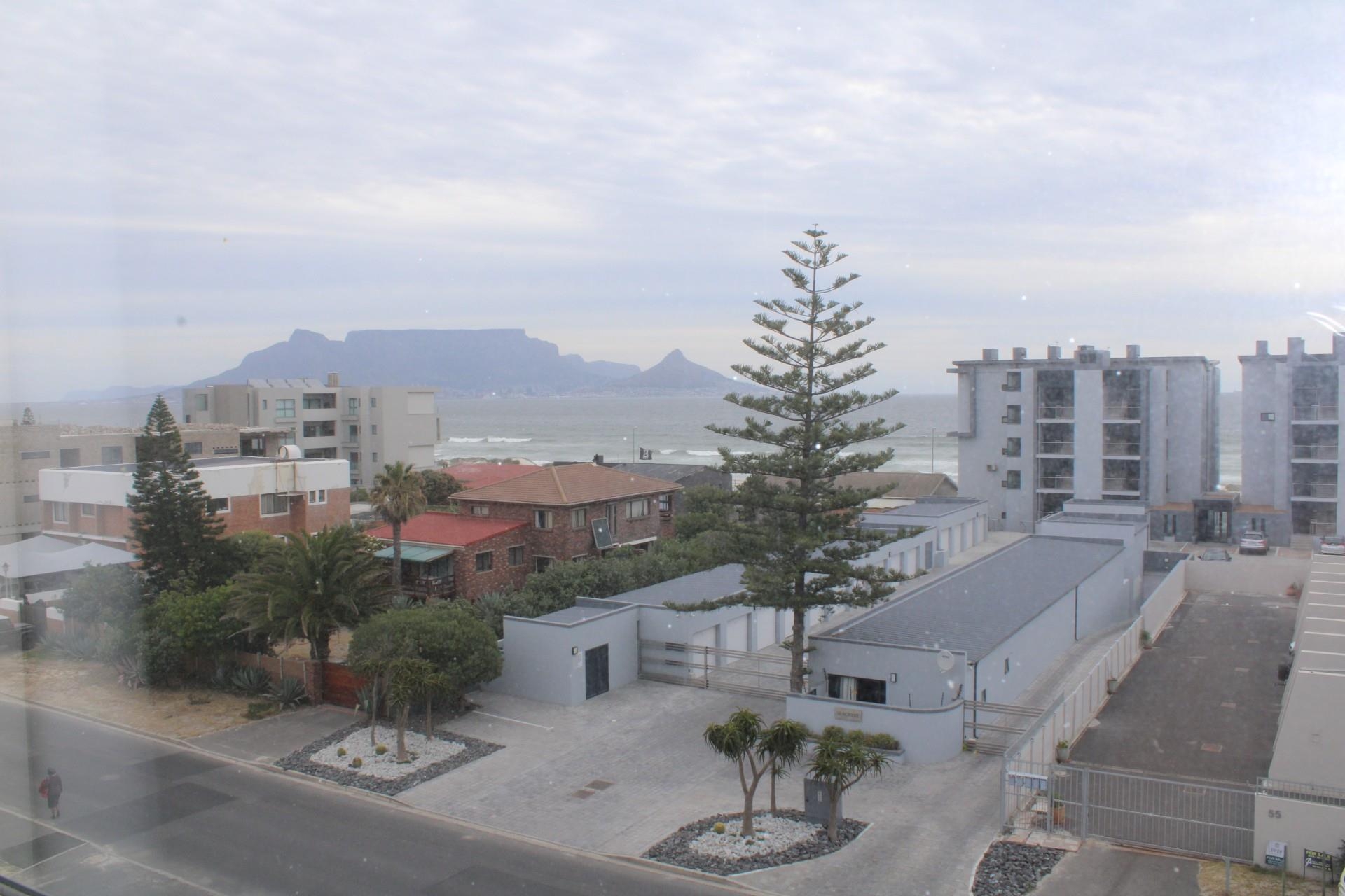 2 Bedroom Apartment / Flat To Rent in Bloubergrant