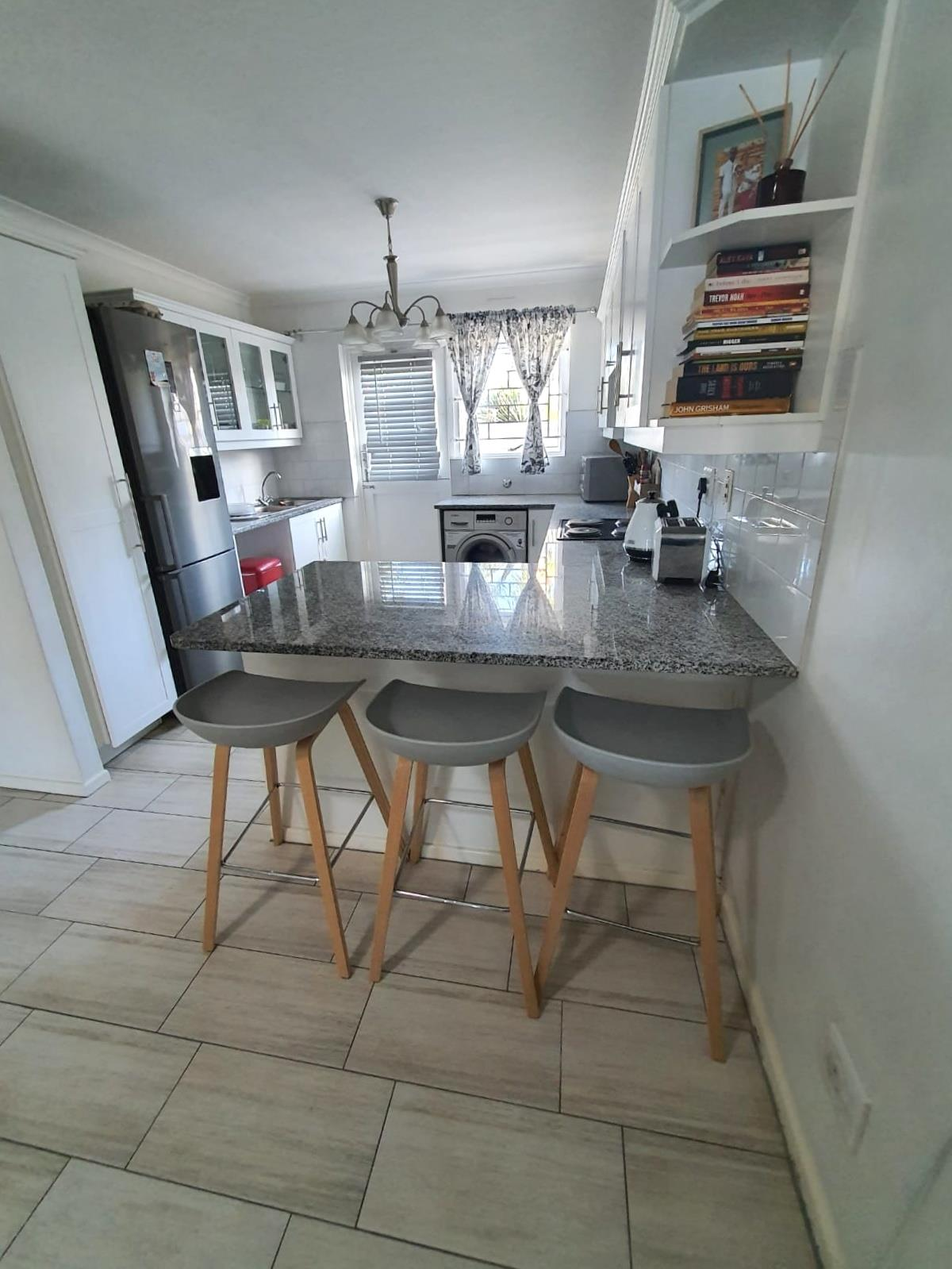 2 Bedroom Townhouse To Rent in Sunningdale