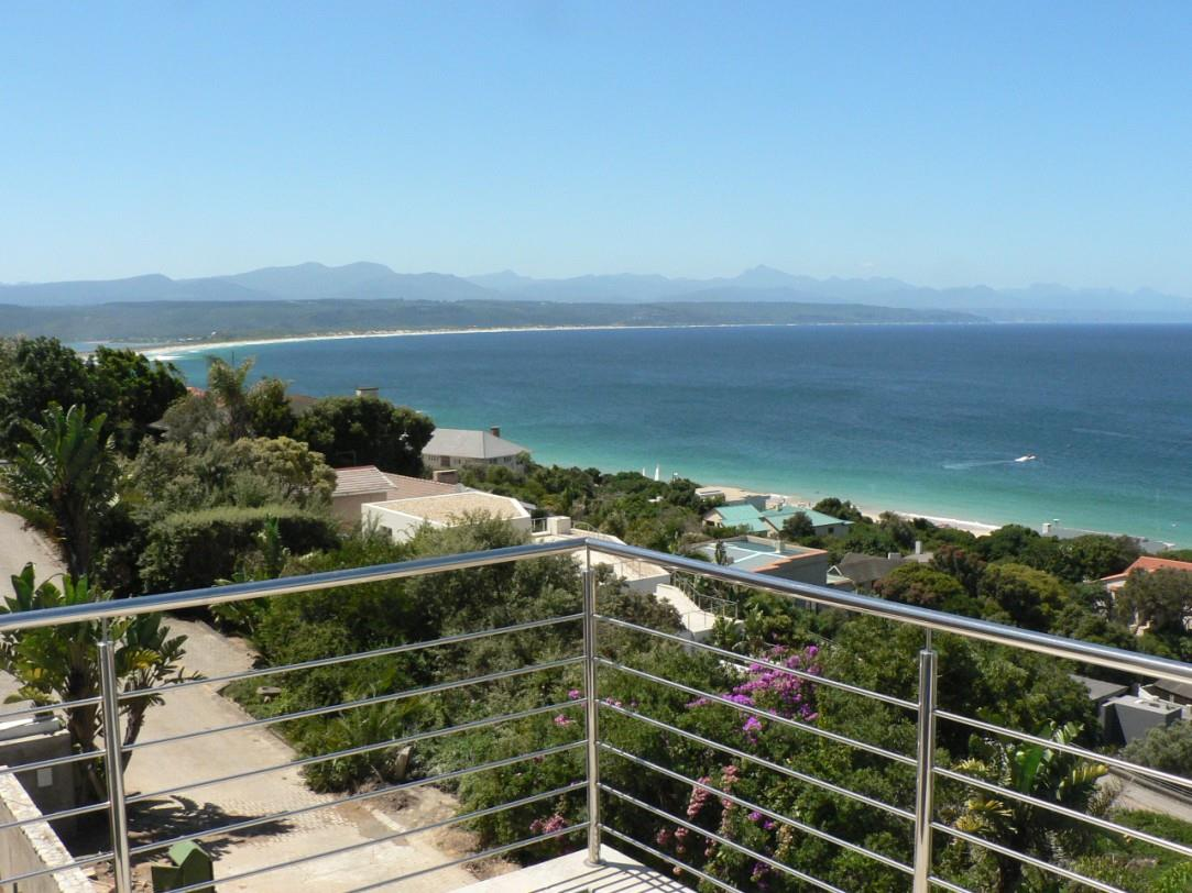 3 Bedroom House For Sale in Plettenberg Bay