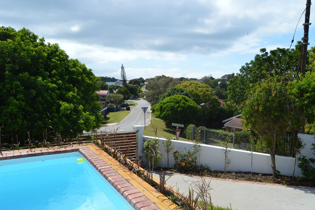 3 Bedroom House To Rent in Lower Robberg