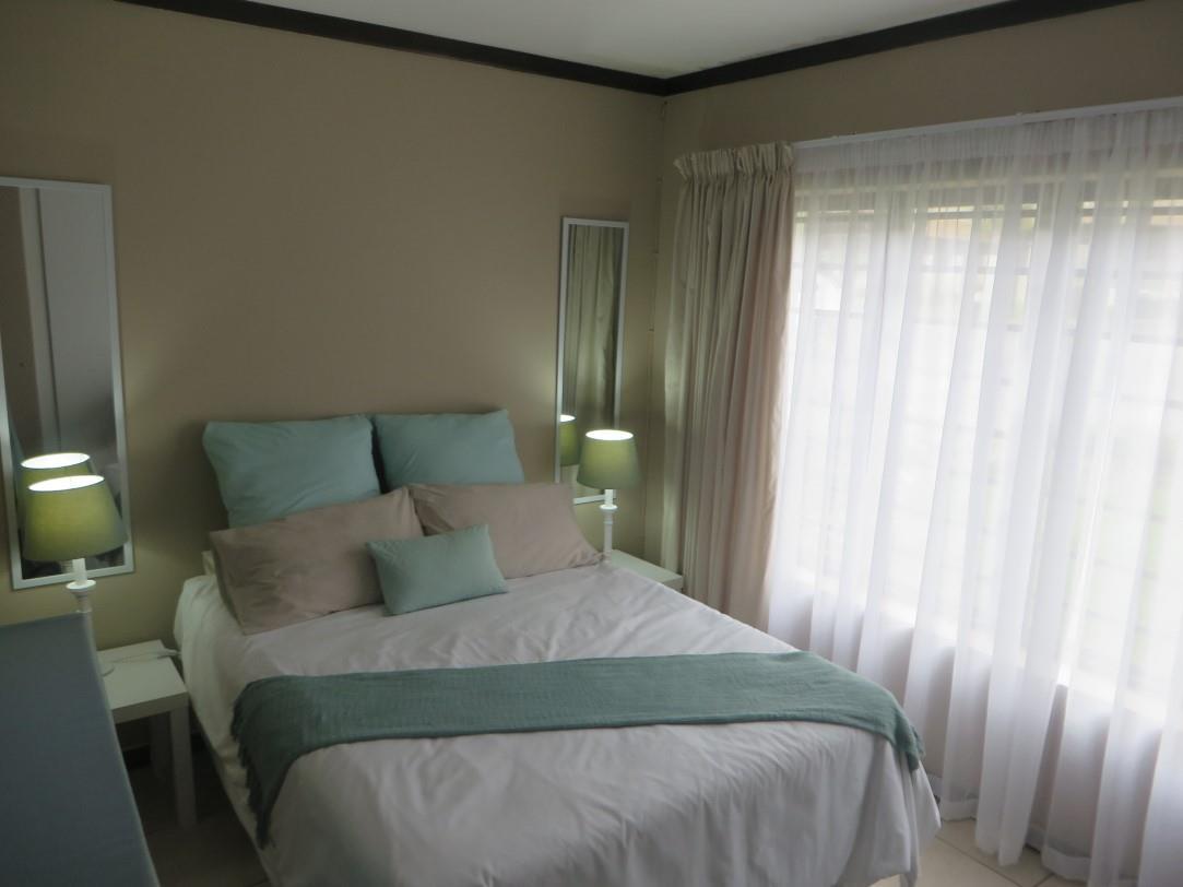 2 Bedroom Apartment / Flat To Rent in Bowtie
