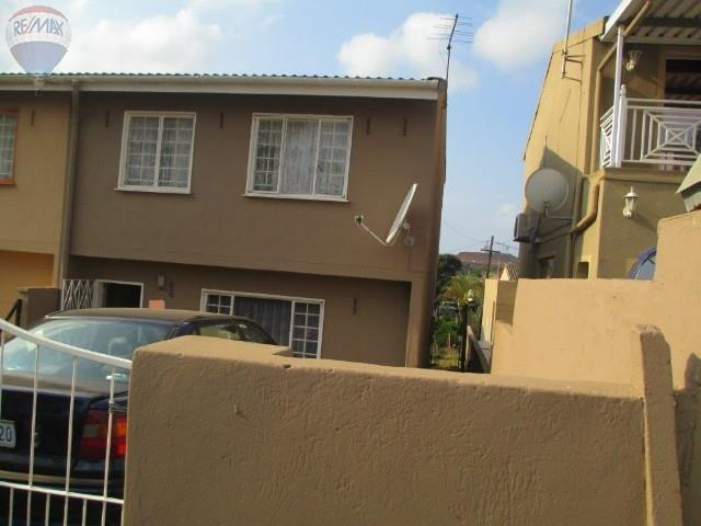 property and houses for sale in grove end phoenix re max