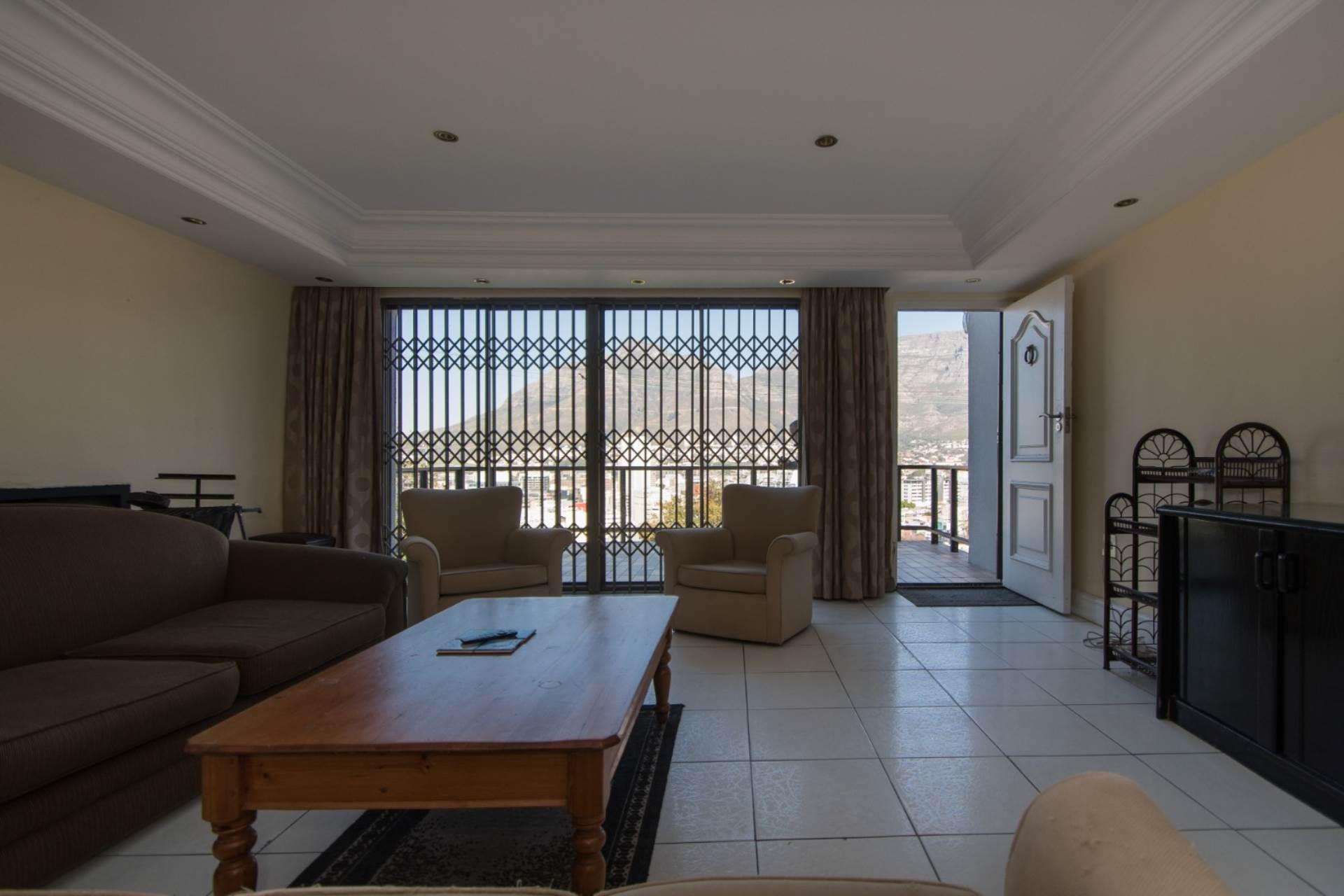 5 Bedroom House For Sale in Bo Kaap