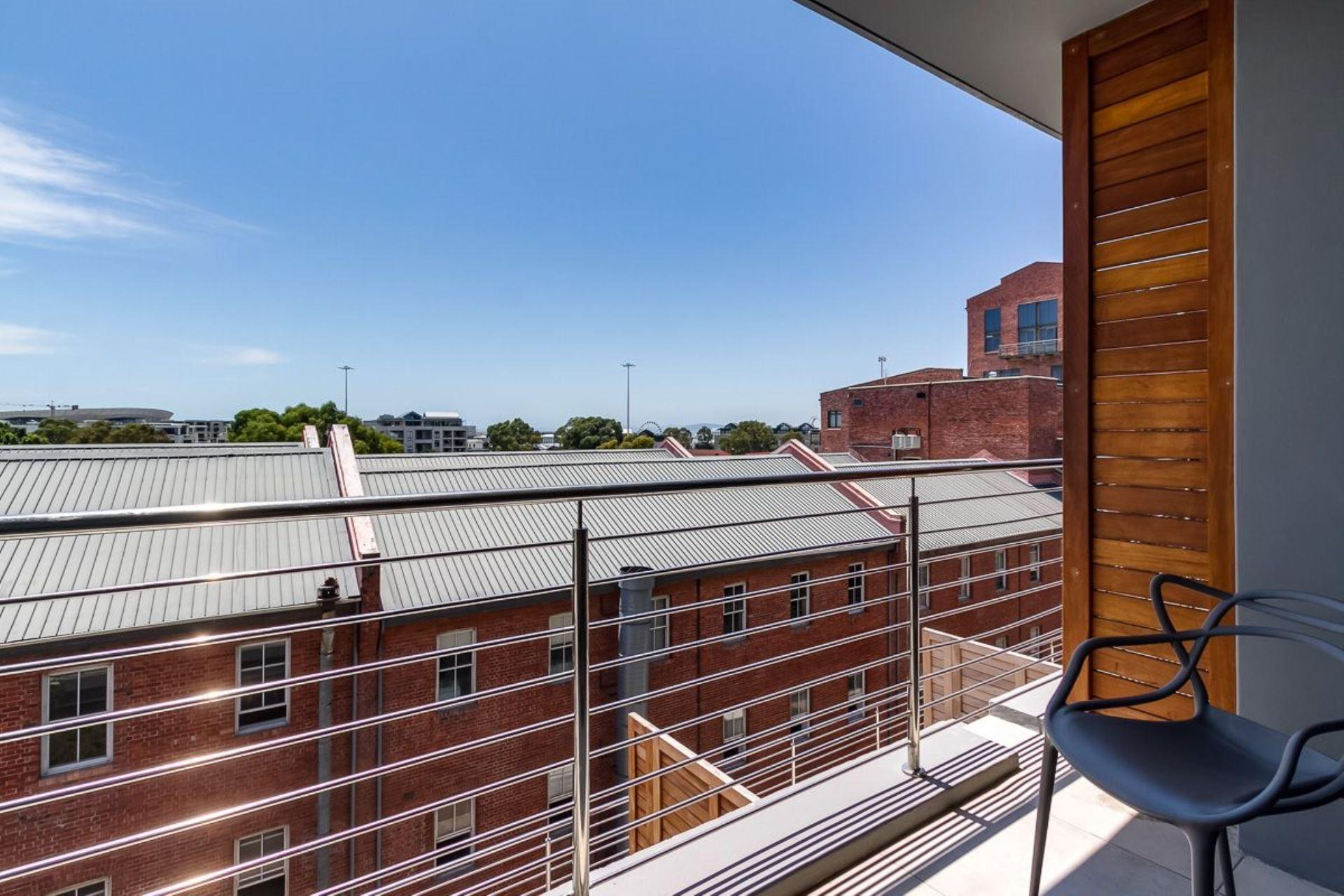1 Bedroom House For Sale in Cape Town City Centre