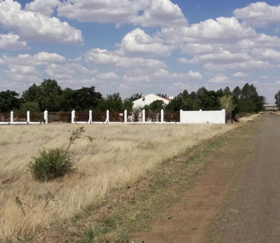 Farm in Bloemfontein For Sale