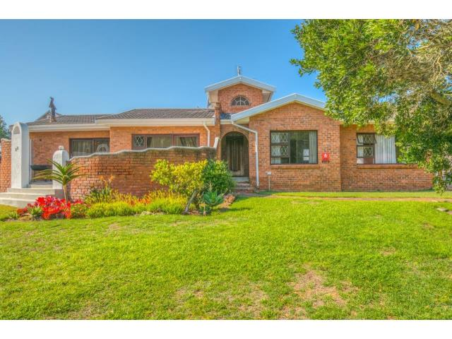 4 Bedroom House For Sale In Walmer Heights ZAR 1599000