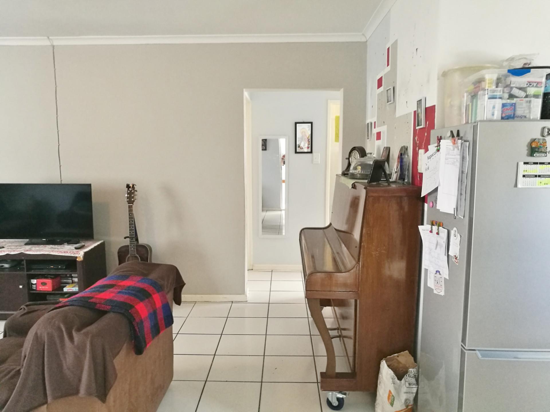 3 Bedroom House For Sale in Bridgemeade