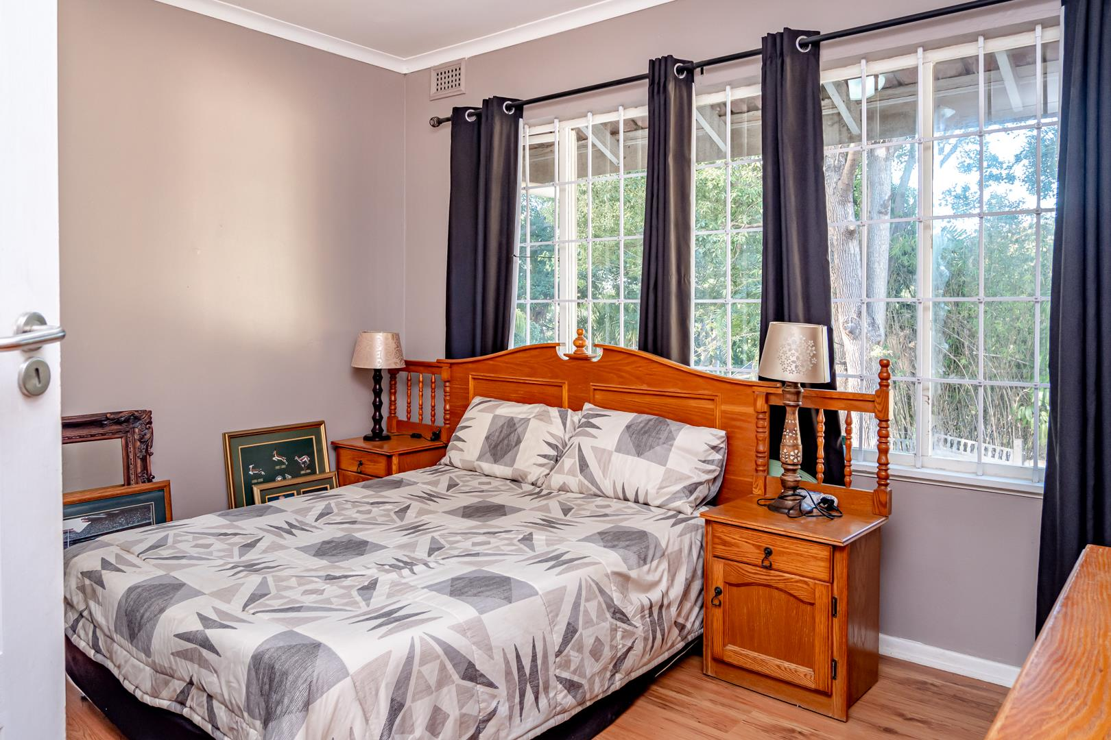 4 Bedroom House For Sale in Dawncliffe