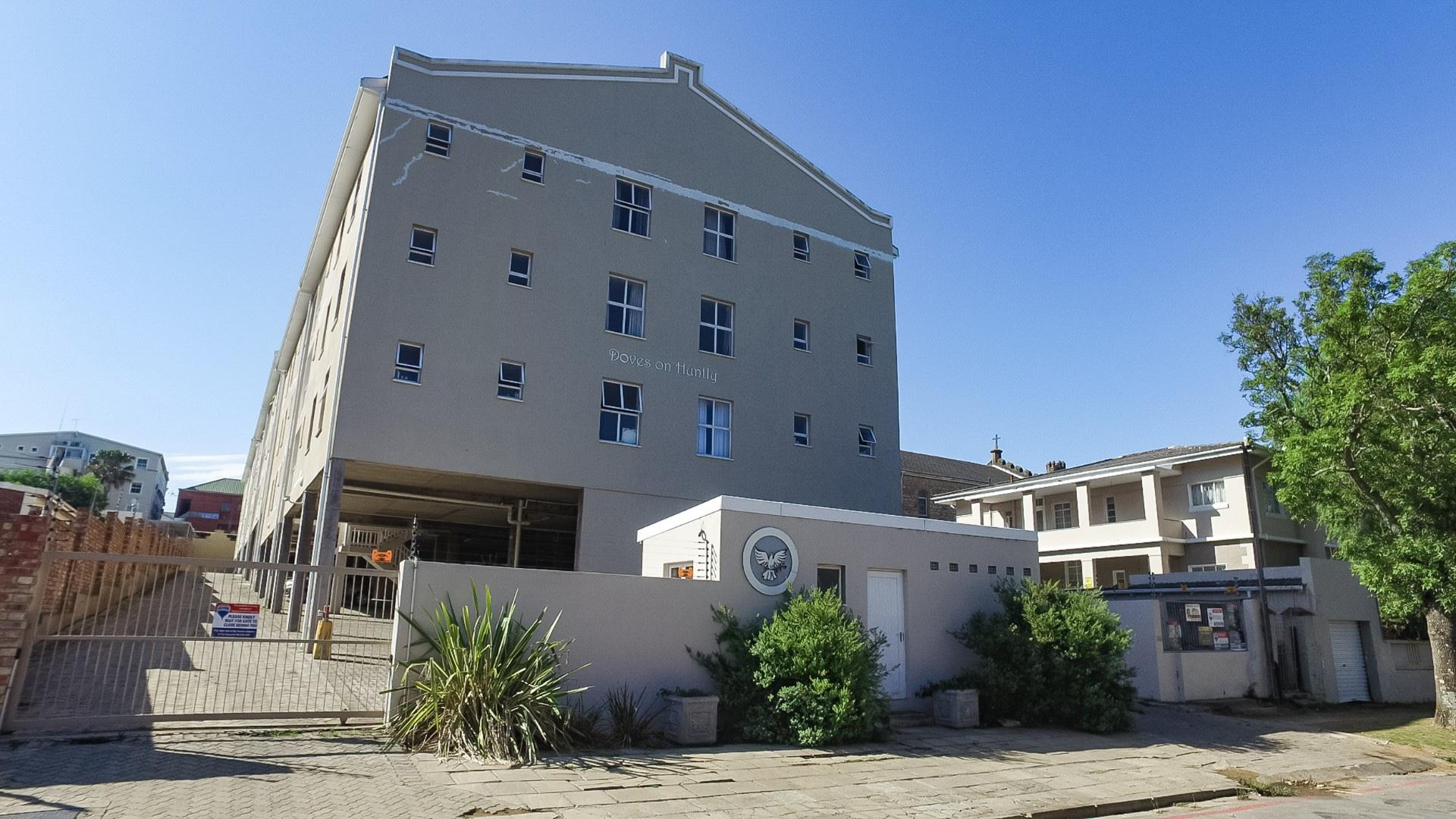 3 Bedroom Apartment / Flat For Sale in Grahamstown Central