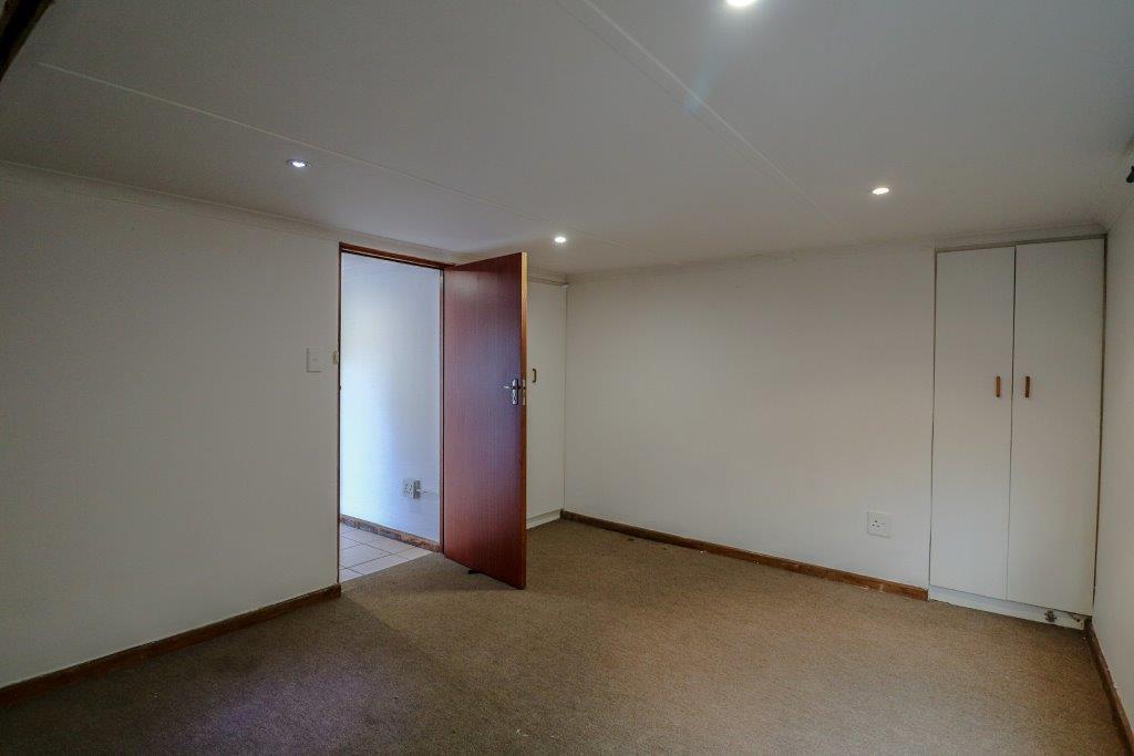1 Bedroom Apartment / Flat To Rent in Oatlands North