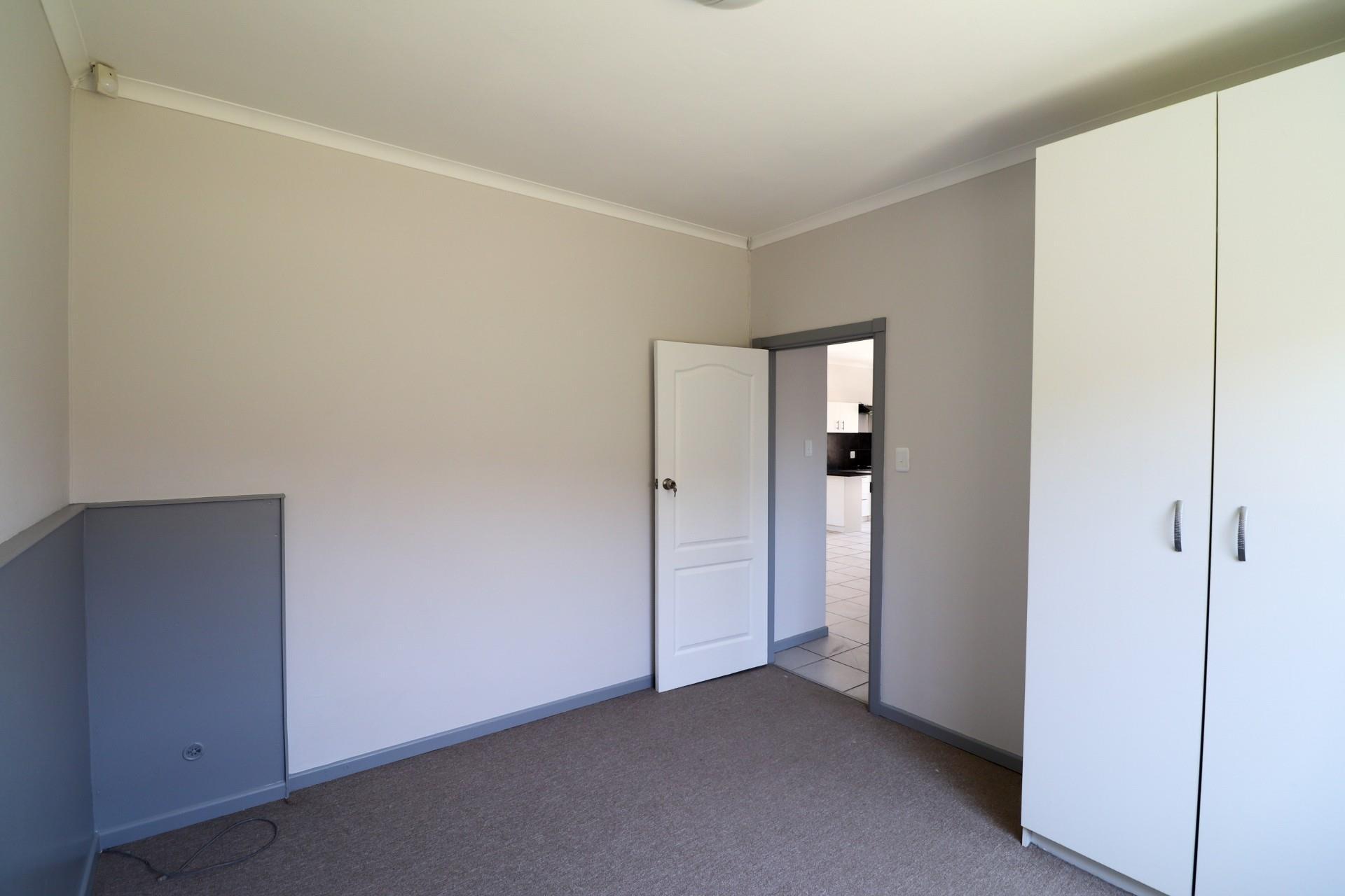 3 Bedroom Townhouse For Sale in Oatlands North