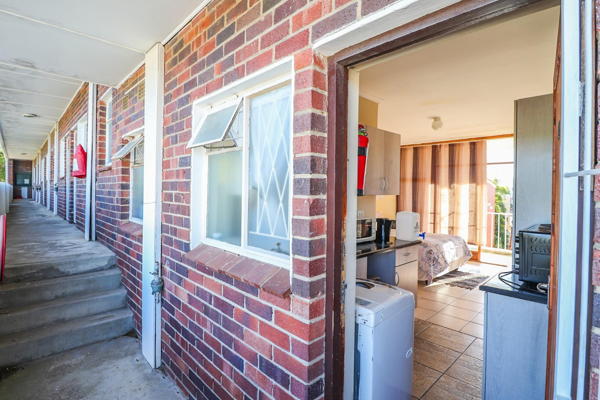 1 Bedroom Apartment / Flat For Sale in Grahamstown Central