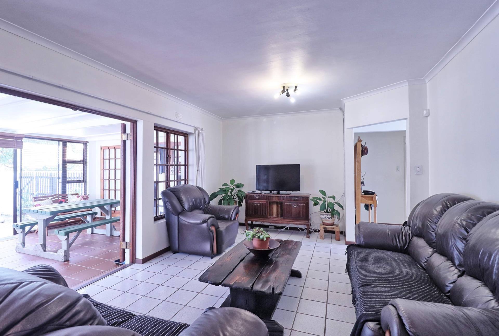 3 Bedroom House For Sale in Fish Hoek