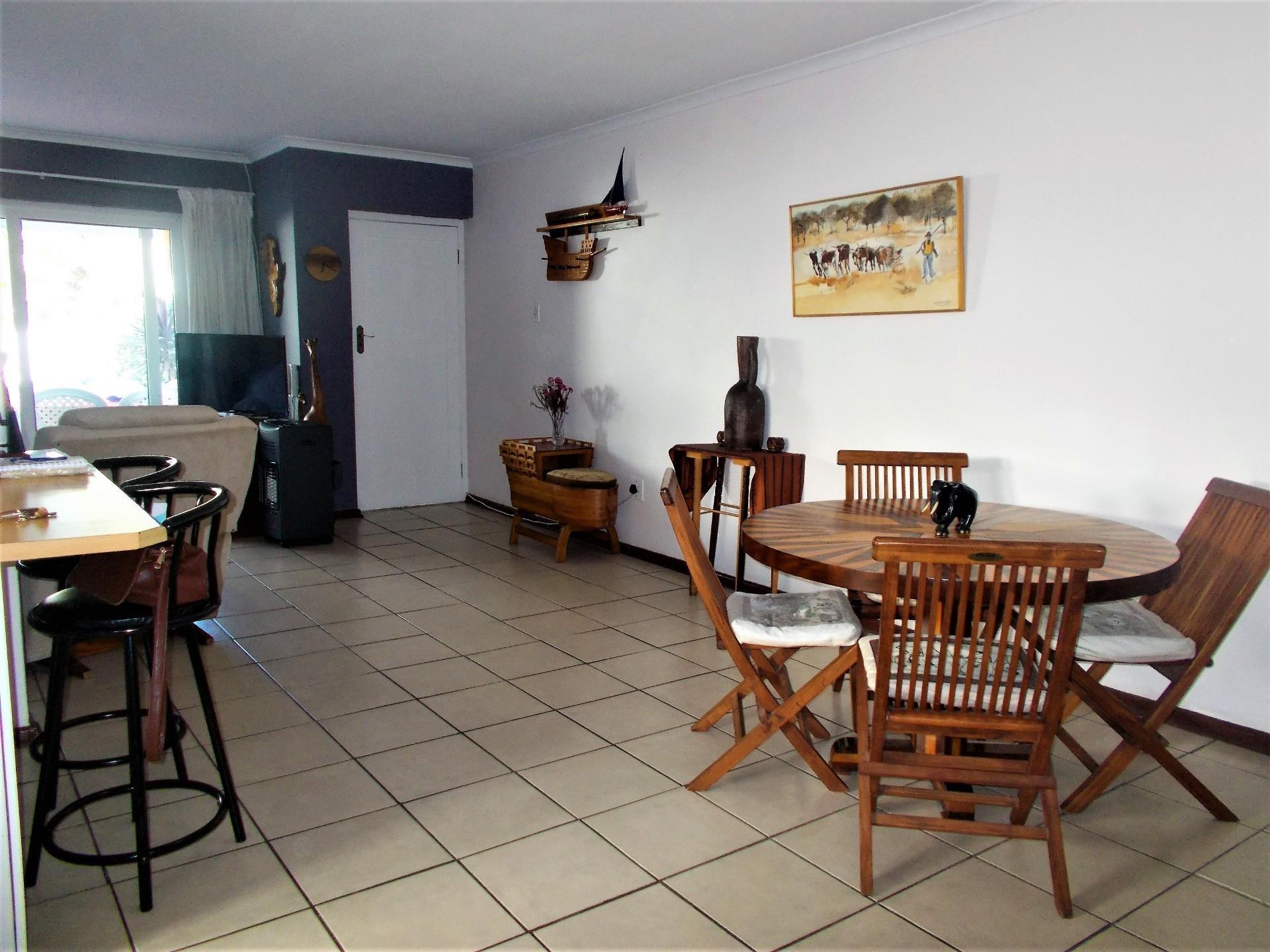 3 Bedroom House For Sale in Marina Da Gama