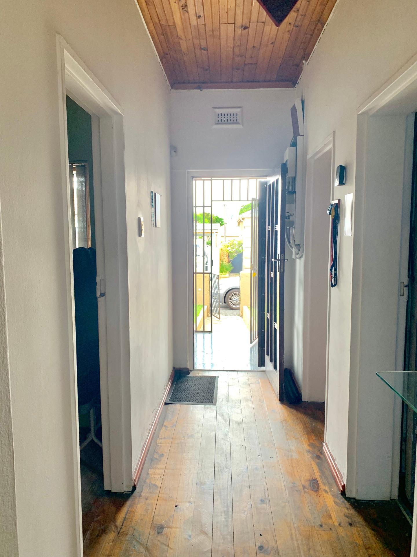 3 Bedroom House For Sale in Wynberg