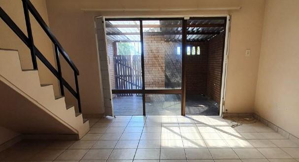 2 Bedroom House For Sale in Stellenryk