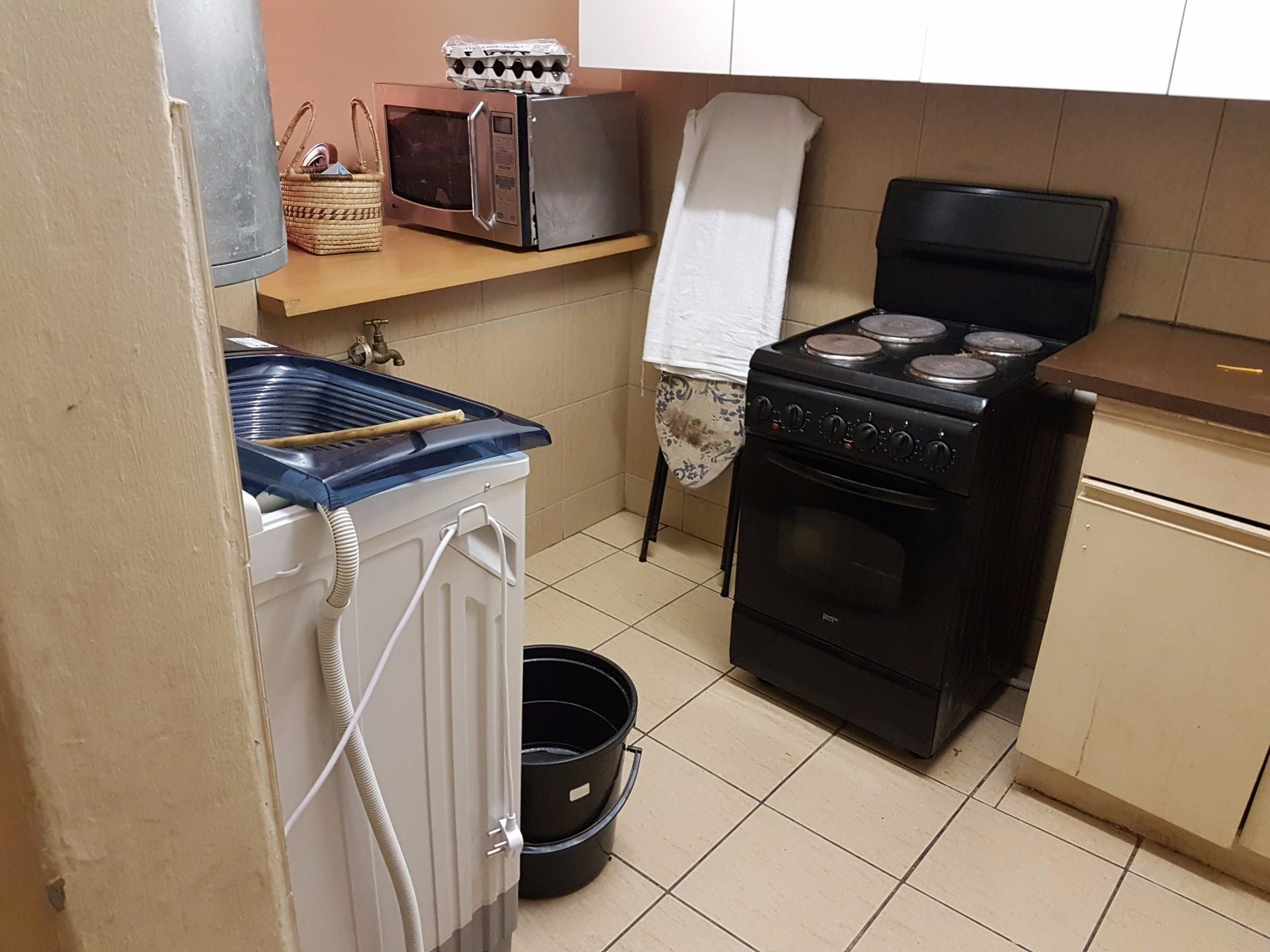 2 Bedroom Apartment / Flat To Rent in Pretoria North | RE ...