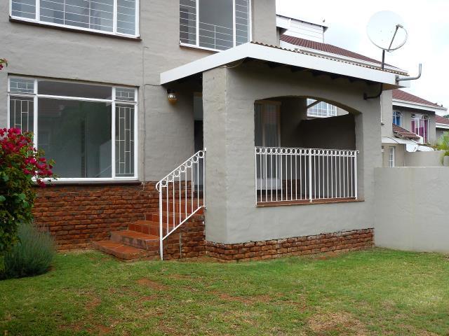 3 bedroom duplex for sale in wonderboom for zar 1 225 000 for Duplex building cost estimator