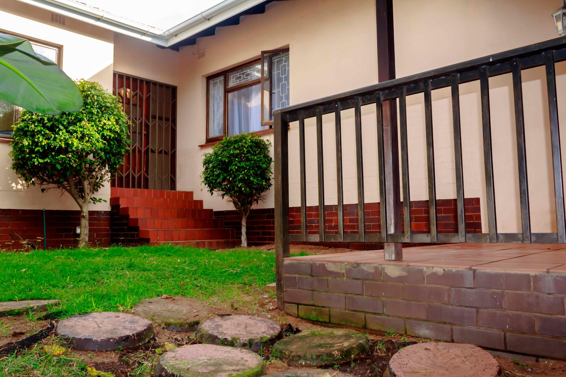 4 Bedroom House To Rent in Bluff