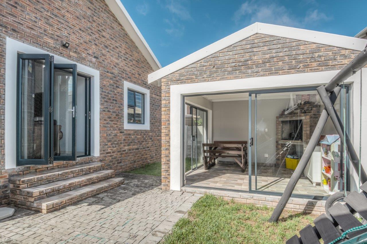 2 Bedroom House For Sale in Salisbury Park