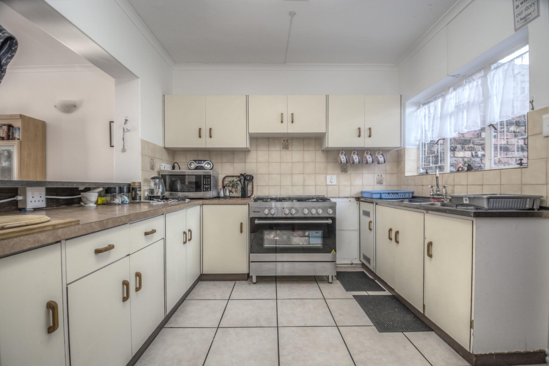 3 Bedroom House For Sale in Kabega