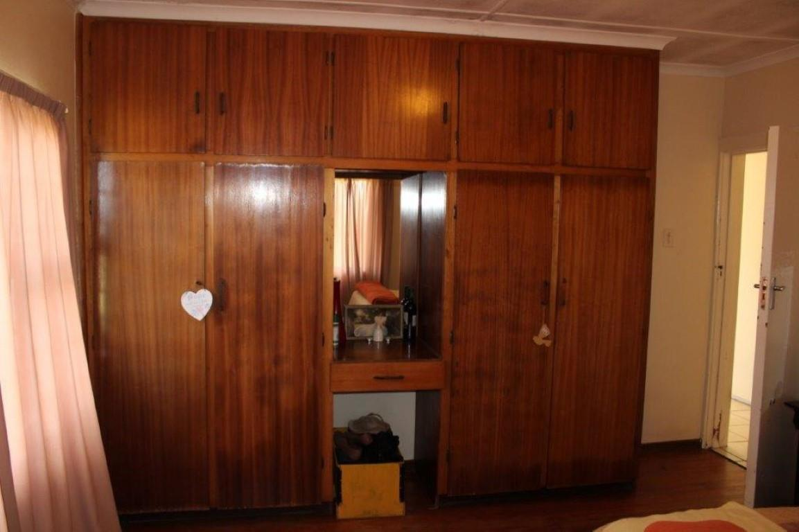 3 Bedroom House For Sale in Thornpark
