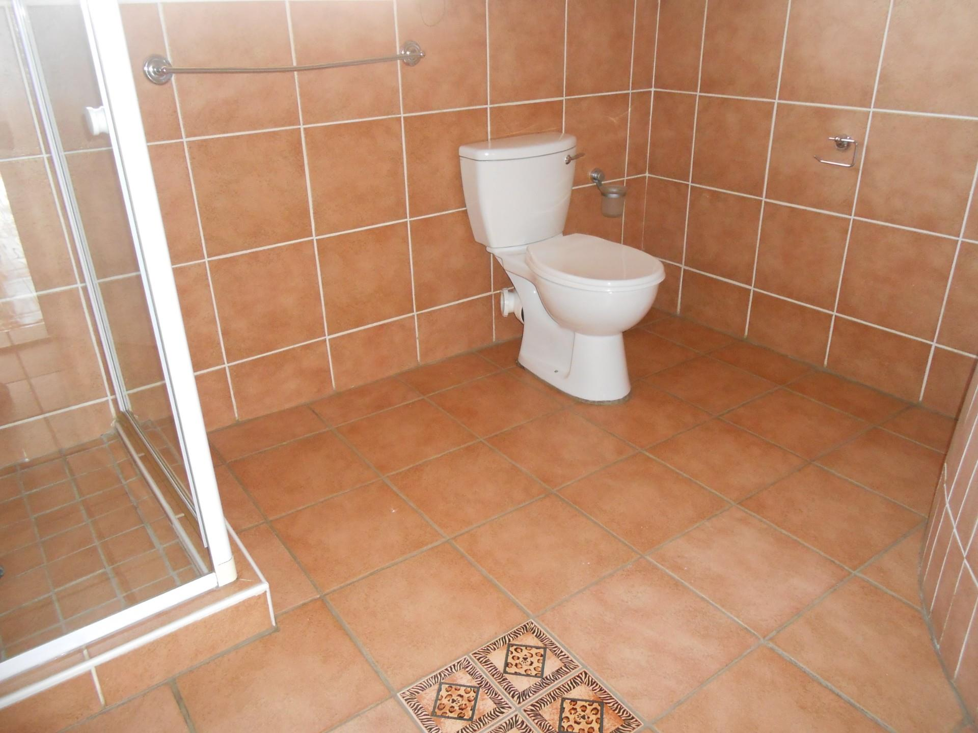 4 Bedroom House To Rent in Meyersdal