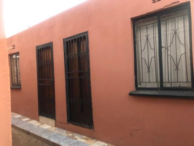 3 Bedroom House For Sale in Nhlapo