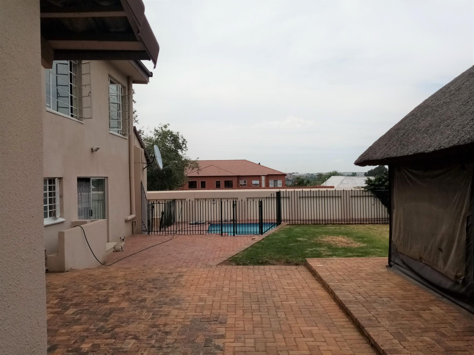 5 Bedroom House For Sale in Edendale