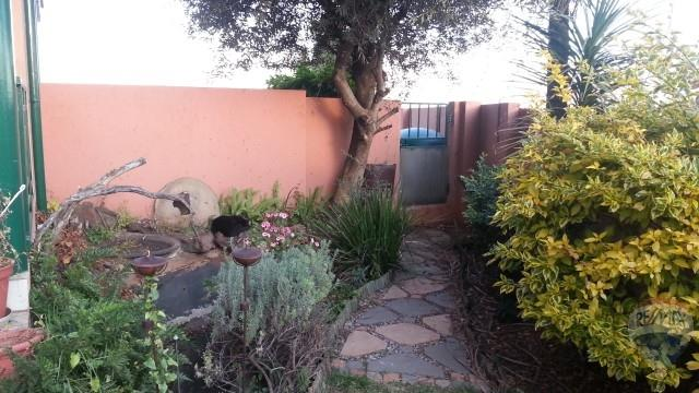 3 Bedroom House For Sale in South Crest