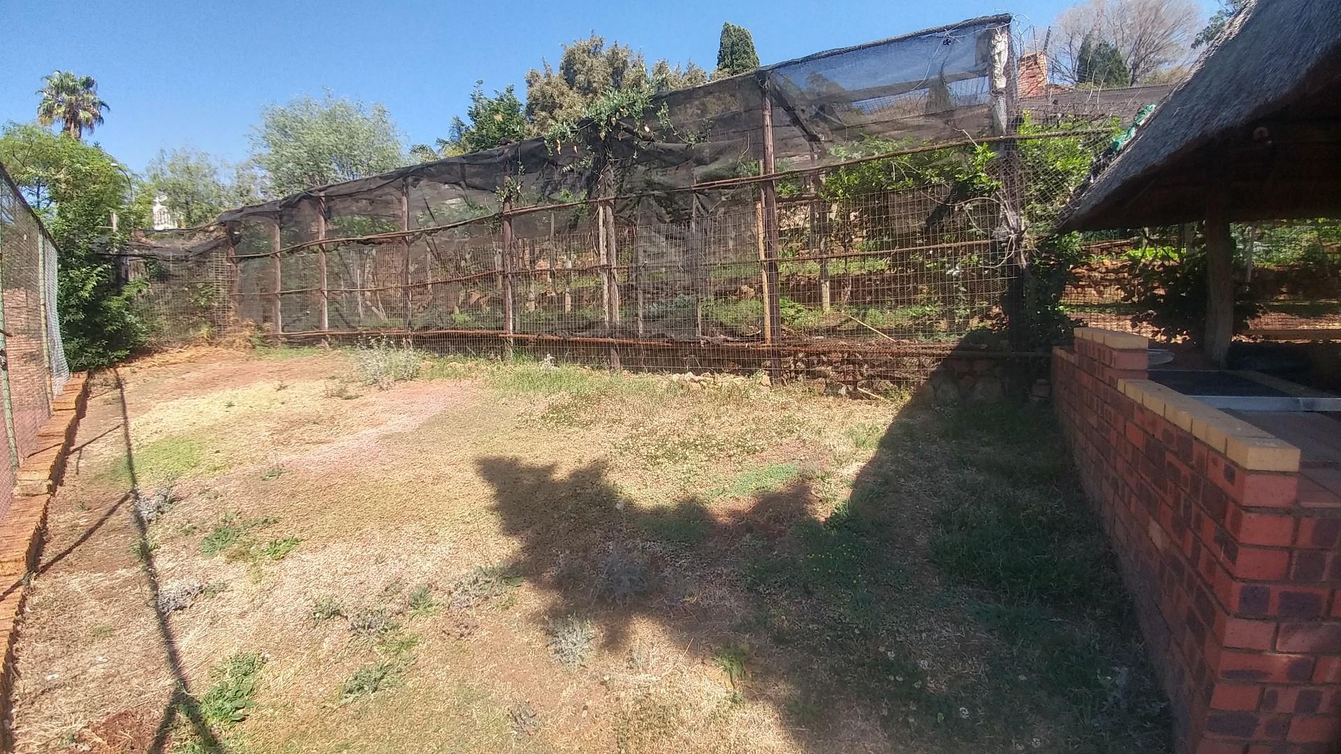 Land in Glenvista For Sale