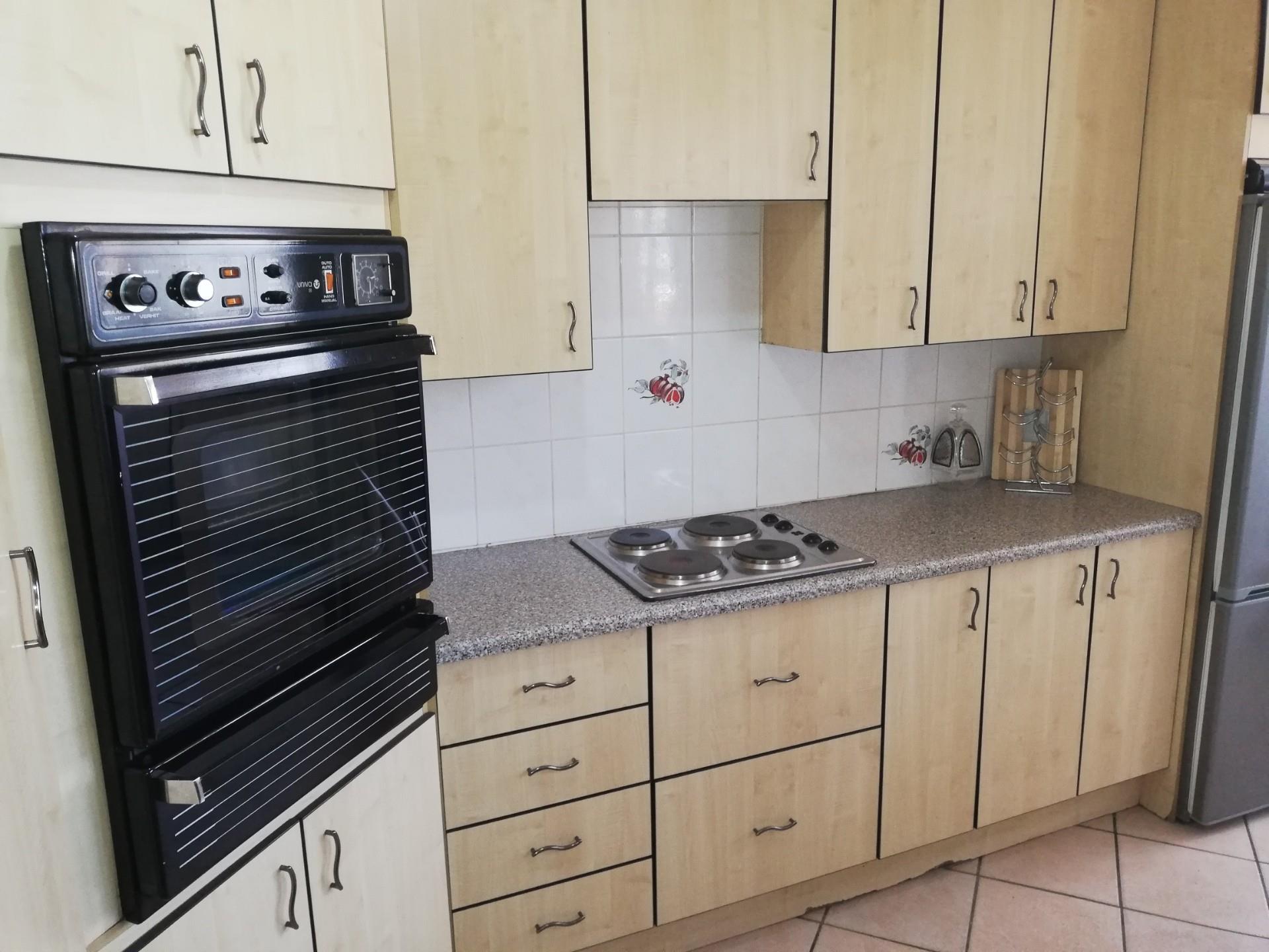 3 Bedroom Apartment / Flat For Sale in Brackenhurst