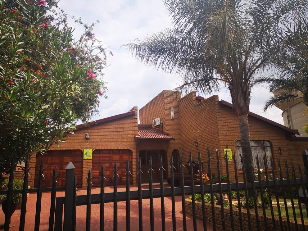 3 Bedroom House For Sale in Palm Ridge