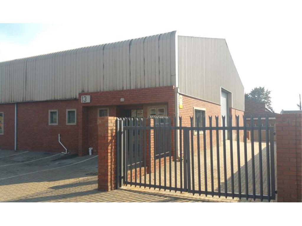 Warehouse For Sale In Pretoria West Zar 2700000 Re Max Circuit Breakers Image 3 1 15
