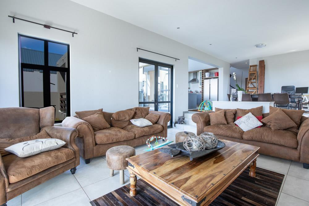 3 Bedroom House For Sale in The Hills Game Reserve Estate