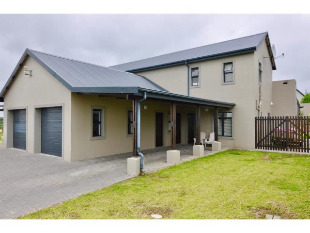 3 Bedroom Duplex For Sale In Blue Mountain Village For Zar 1 795 000