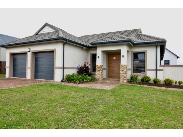 3 Bedroom House For Sale In Blue Mountain Village For Zar 1 990 000