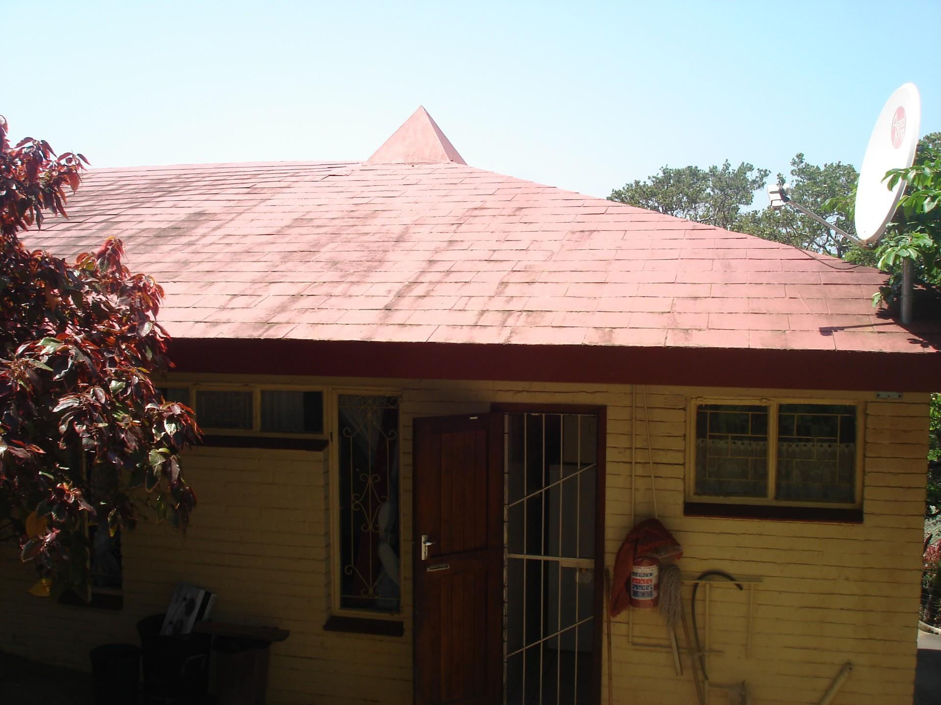 5 Bedroom Townhouse For Sale in Hibberdene