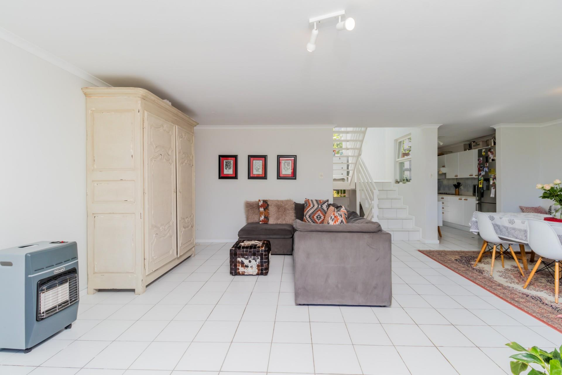 3 Bedroom Town house For Sale in Northshore