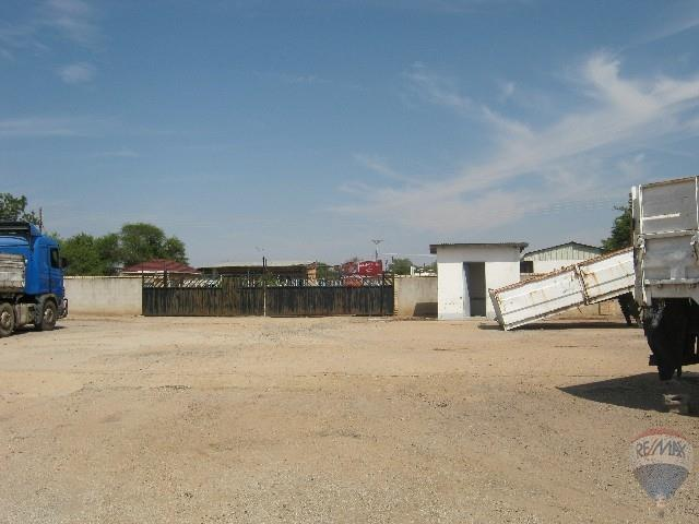 Industrial in Mahalapye Central For Sale