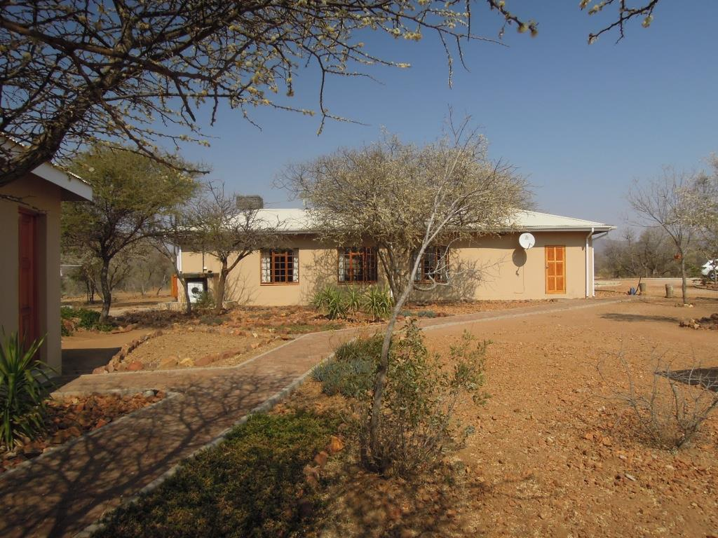3 Bedroom House To Rent in Mokolodi 1