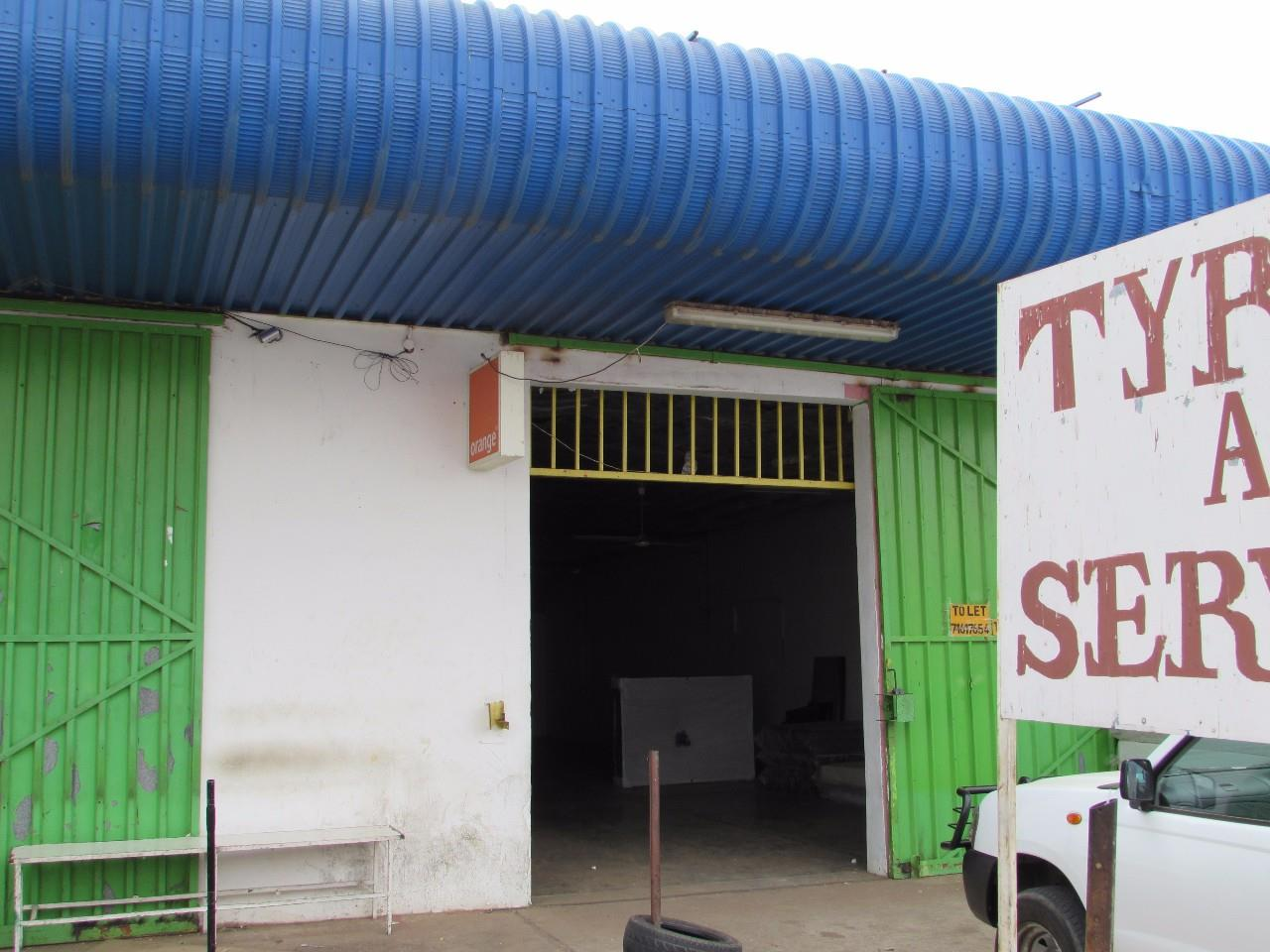 Industrial Property in Mogoditshane Central To Rent