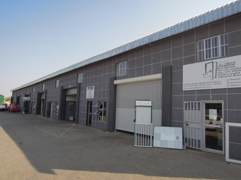 Industrial in Tlokweng Central To Rent