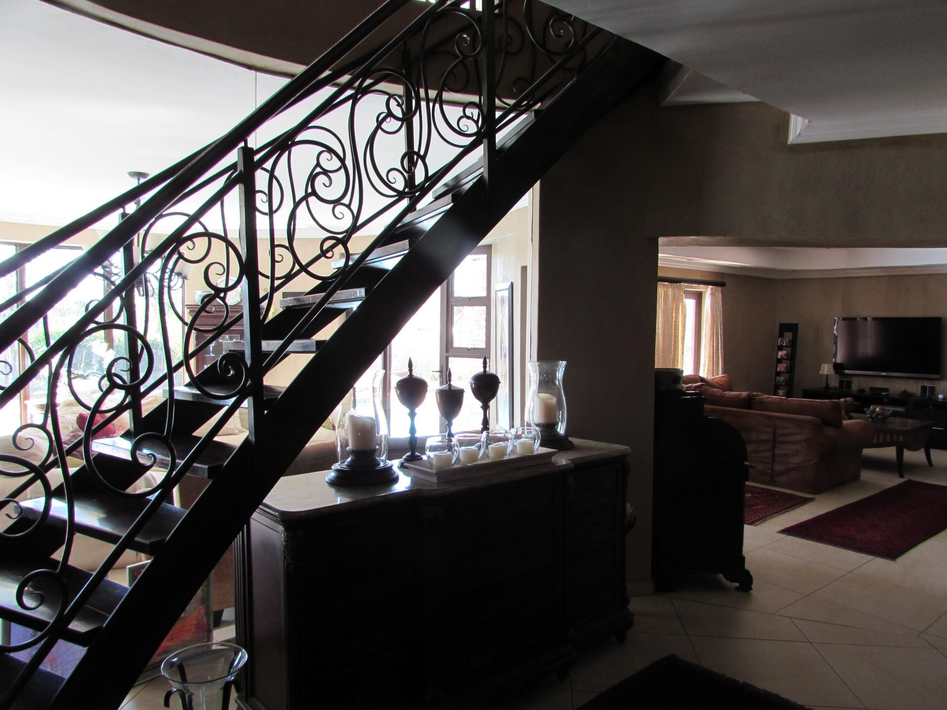 8 Bedroom House For Sale in Mokolodi 1