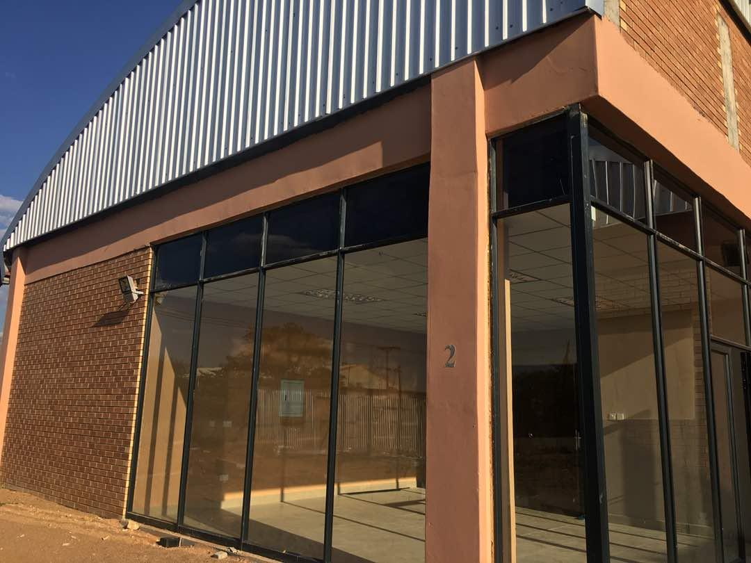 Industrial Property in Palapye Central To Rent