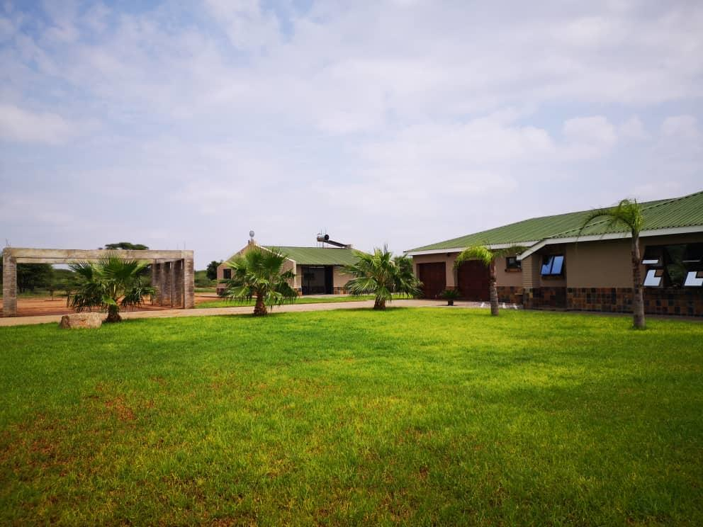 Lifestyle Farm in Oodi Central For Sale