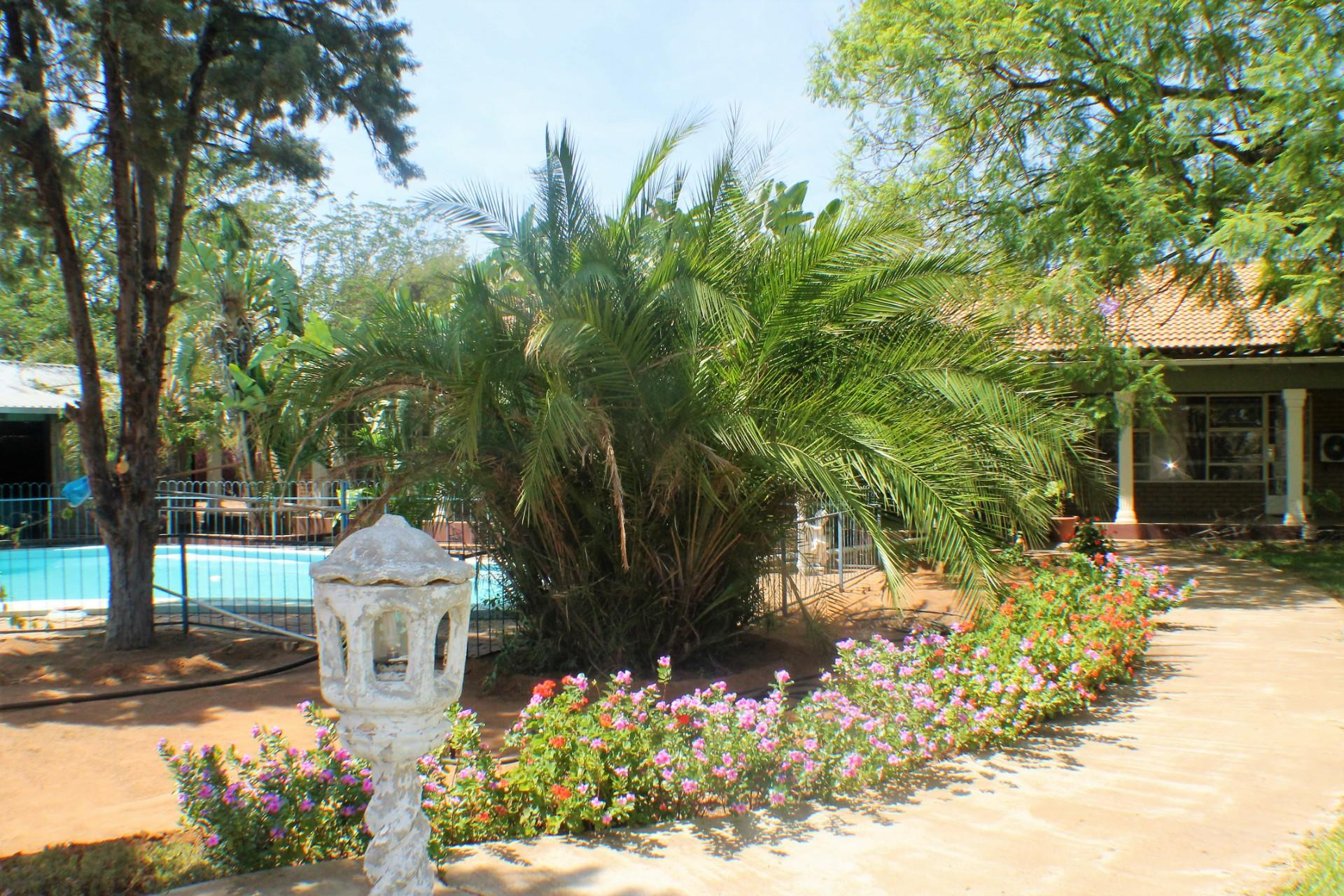 6 Bedroom House For Sale in Gaborone North